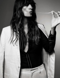 caroline-de-maigret-by-damon-baker-for-l_officiel-mexico-march-2015-4