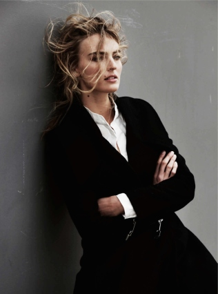 ymre-stiekema-by-pablo-delfos-for-harpers-bazaar-netherlands-october-2015-2