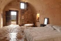 1033139-sextantio-le-grotte-della-civita-basilicata-italy