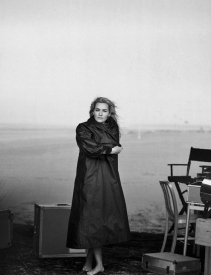 kate-winslet-by-peter-lindbergh-for-vogue-italia-november-2015-3