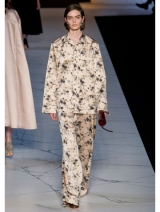 Pyjama-met-bloemenprint-Rochas-a-w-2013_img600