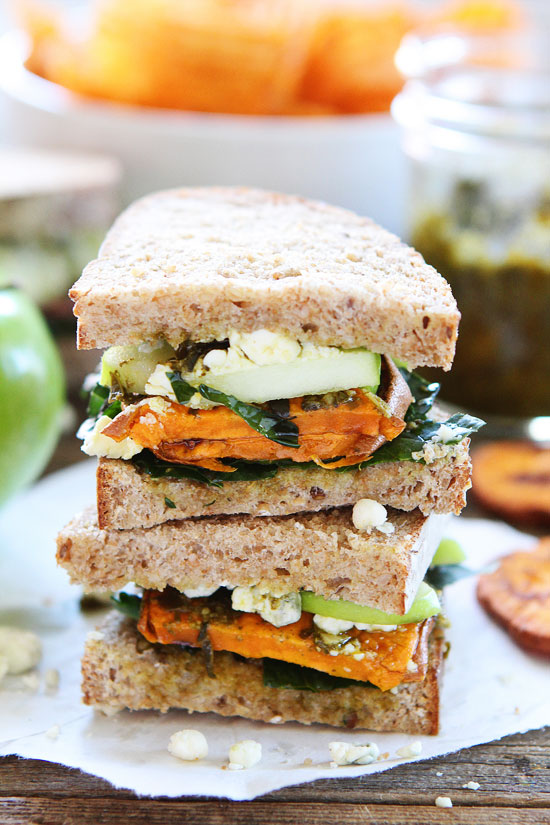 Sweet-Potato-Apple-Kale-and-Pesto-Sandwich-6