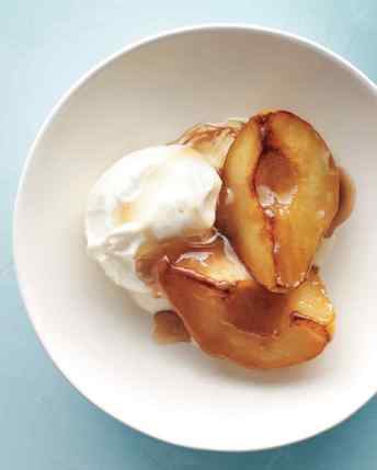 sweet-spot-caramelized-pears-med108749-002a_vert
