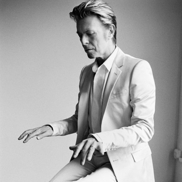 mario-testino-book-david-bowie-760x760