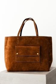 Iggy-tote-bag_Amber-suede