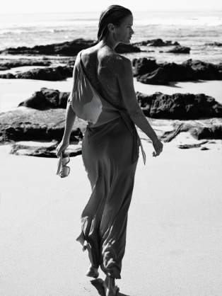 carolyn-murphy-by-mikael-jansson-for-interview-magazine-march-2016-5