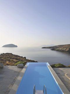 une-piscine-comme-dans-la-mer-en-grece_5368691
