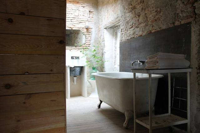 camellas-lloret-maison-dhote-carcassonne-montreal-bedroom-5c