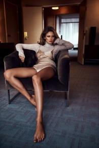 Edita-Vilkeviciute-Lingerie-Style-Vogue-Japan-Editorial03
