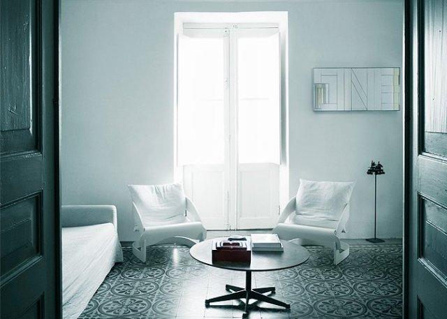 modern_vacation_rentals_stromboli_italy_006-1